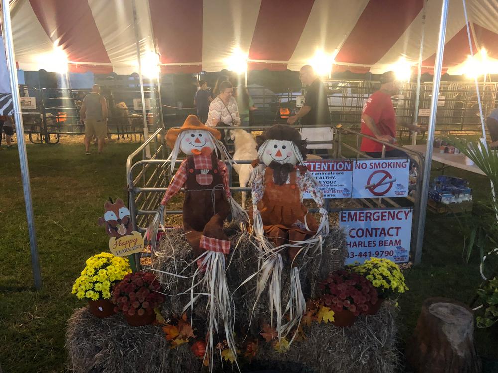union-fair-scarecrows